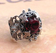 Stunning Vintage Garnet Dentelle Crystal and Silver Filigree Ring Victorian…