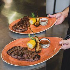 Steaks with grilled vegetables #meatbybeat #meatrestaurant #steakhouse #steaks #azerbaijan #baku #restaurants #food #cuisine #beef #veal #grilled #vegetables