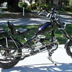 Photos of custom motorized bicycles.See OCC Schwinn Stingray choppers we've motorized.Also rat rods & cruisers, e-bikes or ones with gas and electric motors. Best Electric Bikes, Gas And Electric, Electric Motor, Gas Powered Scooters, Gas Powered Bicycle, Bike Chopper, Banana Seat Bike, Bicycles For Sale, Motorised Bike