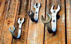 Organização - Confira dicas com cabides e ganchos diferentes para organizar o ambiente