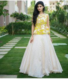 Lehnga Dress, Frock Dress, Lehenga Blouse, Dress Skirt, Sari Blouse Designs, Dress Neck Designs, Lehenga Designs, Indian Designer Outfits, Designer Dresses