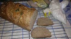 Ma megint készült egy teljes kiőrlésű kenyér, de ezt most sokmagosan, és formában készítve!!!    30 dkg teljes kiőrlésű búzaliszt  5 dkg ré...