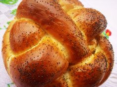 DiaMar-bucataria galbena: PAINE CU LAPTE SI IAURT -  IMPLETITA Cooking Bread, Cinnabon, Baked Potato, Baking, Retro Fashion, Ethnic Recipes, Food, Home, Art