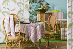 Tant l'habitació, com el bany i la cuina, estaran perfectament acabats amb una actitud gràfica moderna d'inspiració militar i amb estampats molt variats. Summer 2014, Dining Chairs, Spring, Furniture, Home Decor, Environment, Dining Chair, Home Furnishings, Interior Design