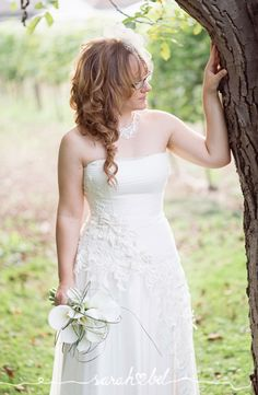 Sarah Bel Photography is a creative team from Vienna specialised in happy vintage photography at various events who also creates scripted videos. Armin, Vintage Photography, One Shoulder Wedding Dress, In This Moment, Weddings, Wedding Dresses, Fashion, Bride Dresses, Moda