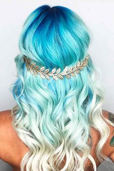 Two Tones of Blue Hair - Hair Colors Ideas Light Blue Hair Dye, Dyed Hair Blue, Blonde And Blue Hair, White Blonde, Brunette Hair, Pretty Hair Color, Ombre Hair Color, Hair Color 2017, Blond Pastel