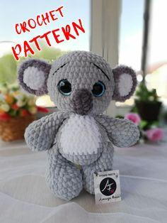 Crochet Patterns Amigurumi, Crochet Dolls, Amigurumi Toys, Handmade Toys, Handmade Ideas, Handmade Baby, Rope Crafts, Plush Pattern, Cute Toys