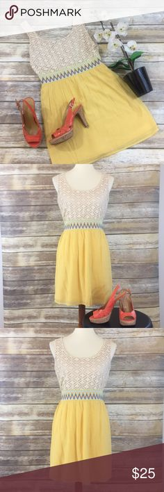 ❤️LILY ROSE DRESS❤️ Super fun, bright and happy! This dress is so cute! Size Medium. Lily Rose Dresses