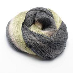 121 gr Gradient Bamboo / Silk Yarn