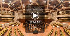 Una vista al conocido auditorio Fabio lozano de la Universidad Jorge Tadeo Lozano de Bogotá. antes de un ensayo de la Orquesta Filarmónica