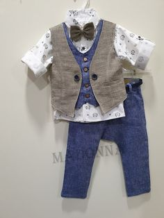 19A162 Baby Girl Jeans, Girls Jeans, Baby Boy, Boys Party Wear, Kids Wear, Blazer Outfits Men, Mother Daughter Outfits, Baby Dress Patterns, Kids Suits
