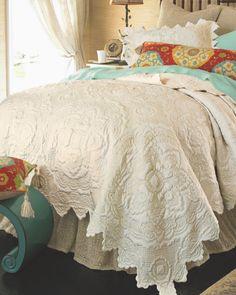 Chantelle Quilt - Soft Cotton Quilt, Medallion Quilt, Sateen Quilt   Soft Surroundings