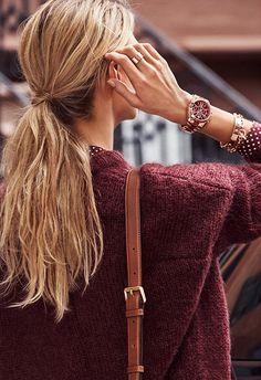 From Michael Kors: Love burgundy, love Kors watches! Timeless Fashion, Love Fashion, Fashion Beauty, Michael Kors Outlet, Marken Outlet, Watch Tattoos, Wild Girl, Autumn Street Style, Autumn Style