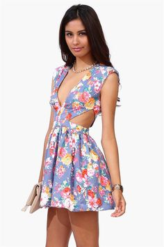 cutout floral dress <3<3 Get 8% cash back http://www.studentrate.com/miami/get-miami-student-deals/Necessary-Clothing-Student-Discount--/0