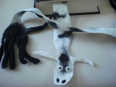 Filz - Zebra, Lesezeichen gefilzt - ein Designerstück von maxine bei DaWanda