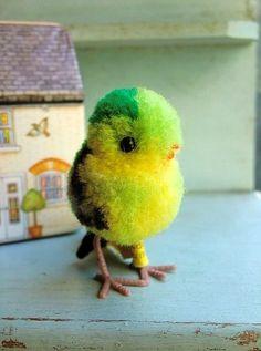 画像1: インコの子 小鳥 シュタイフ ミニチュアサイズのポンポンバード