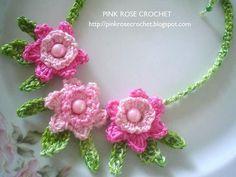 Pink rose crochet necklace - Giyim Kuşam Ve Örgüler: Fular Örgü Örnekleri 3