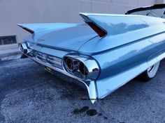 1961 #cadillac #deville #tailfins #convertible #ragtop #beautiful#friday #night #classic #carshow #photographer #tim #shady #sims #tsimsproductions