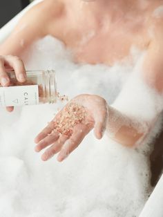 phoebe uses herbivore botanicals™ calm bath salts from the madewell beauty cabinet. Organic Skin Care, Natural Skin Care, Natural Beauty, Diy Skin Care, Bath Salts, Lifestyle Photography, Beauty Care, Photoshoot, Instagram