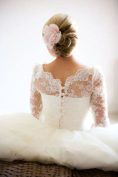 Lace sleeves <3 This would be my dream dress, and I love the hair