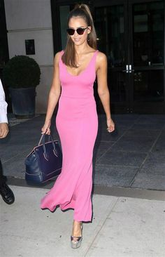 Jessica Alba is foxy in a red leather dress in NY, plus more celeb pics Aug…