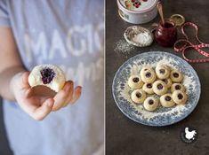 Vánoční cukroví: Sádlové bochánky spovidly – SLEPIČÁRNA Camembert Cheese, Cereal, Oatmeal, Pie, Sweets, Cookies, Breakfast, Food, Decor