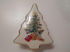Vintage Lefton China Tree Box, Christmas Tree Trinket Box, Lefton #1198 Tree Box, Made in Japan by PiccoloPattys on Etsy