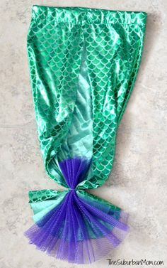 Homemaid Mermaid Tail Back great tutorial!