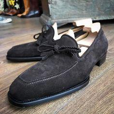 "frecciabestetti: ""Tassel Loafer novecento Line. #bestetti #bestettishoes #shoesporn #saphir #shoegazing #doublemonk #styleforum #foxflannel #foxumbrellas #patina #reverso #jlc #patekphilippe #incotex..."