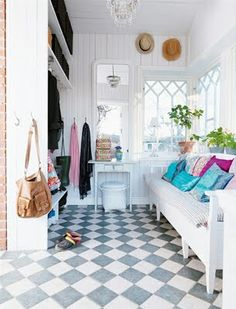 Love the floor! So classic and clean. Bright and cheery room :)
