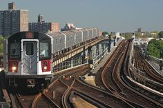 one of the slowest train in the Bronx the 6 line.(My Home Town -The Bronx Number 6 Train ~ Bronx, New York) 6 Train, Train Tracks, Train Rides, Bronx Nyc, Nyc Subway, Subway Art, S Bahn, Dark City, I Love Ny