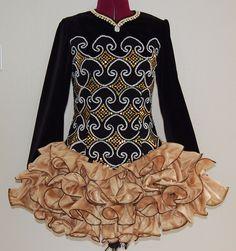 Black and gold Irish dance solo dress: Cupcake skirt inspiration. Irish Step Dancing, Irish Dance, Irish Costumes, Dance Costumes, Bodice Pattern, Ballroom Dress, Embellished Dress, Just Dance, Lovely Dresses