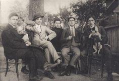 http://3.bp.blogspot.com/-9QmqdVVvuFk/UOFEfgOgbjI/AAAAAAABSHg/mOz9Y4d8hvI/s400/dadaists+Tristan+Tzara,+Georges+Janco,+Marcel+Janco,+Jules+Janco+(three+brothers),+Poldi+Chapier,+and+Ion+Vinea.+Bucharest,+1913.jpg