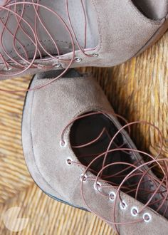 DIY lace up heels - i need this so that i can buy ballet pumps. the straps make it much better for your feet!