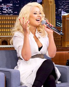 Christina Aguilera Does Incredible Britney Spears Impression on Fallon - Us Weekly