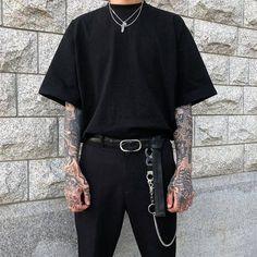 3 Calm Tips: Urban Wear Streetwear Menswear urban fashion boys outfit. Urban Style Outfits, Edgy Outfits, Mode Outfits, Fashion Outfits, Soft Grunge Outfits, Cochella Outfits, Autumn Outfits, Fashion Hats, Fashion Shoot