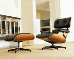 Now the proud owner of TWO Eames lounge knock-offs. Woo!
