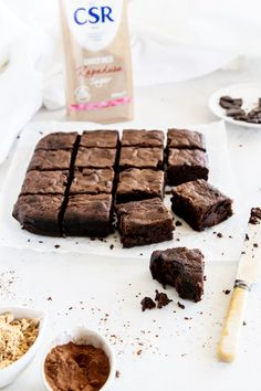 Learn how to bake better-for-you brownies with your kids. They're rich, super fudgy, chock full of chocolate with hidden vegetables inside!   mylovelylittlelunchbox.com #baking #brownies #chocolate #yum #mylovelylittlelunchbox Healthy Brownies, No Bake Brownies, Baking Brownies, Oat Slice, Coconut Slice, Chocolate Hazelnut, Melting Chocolate, Baking Recipes
