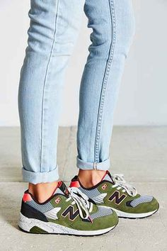 7fde8ad63b40a New Balance 580 Composite Running Sneaker - Urban Outfitters Chaussure,  Baskets De Course, Chaussures