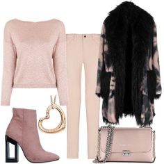Rosa leggero che in inverno sostituisce il beige e rende il look sofisticato e chic. Questo inverno il rosa va a sposarsi con il nero.Adorabile stivaletto volutamente di un tono più scuro del rosa per dare vivacità al look. Dope Fashion, Curvy Fashion, Womens Fashion, Fall Outfits, Cute Outfits, Fashion Outfits, Look Rose, Professional Dresses, Business Casual Outfits