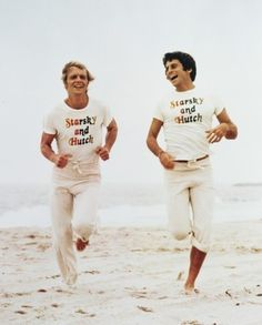 STARSKY AND HUTCH RUNNING ON BEACH COLOR 24X36 POSTER HAD IT!!!!