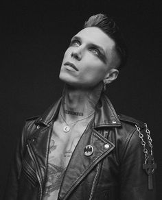 Black Veil Brides Andy, Andy Black, Andy Biersack, Rare Photos, The Incredibles, Photoshoot, Grey Scale, Boys, Cage
