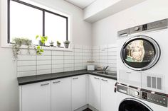 #laundry #laundryinspriation #subwaytiles #hallharthomes H0101
