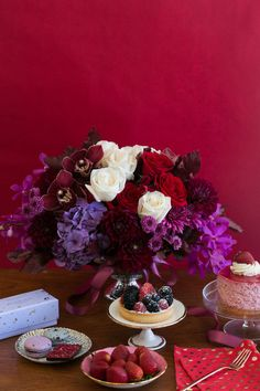 Berry desserts and florals #Teleflora