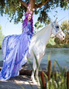 The Unicorn Queen by Lillyxandra princess female elf fairy fairie cosplay costume LARP player character npc Weiblicher Elf, Horse Halloween Costumes, Baby Animals, Cute Animals, Unicorn Pictures, Clydesdale, Beautiful Horses, Belle Photo, Science Fiction