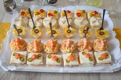 Party Canapes, Snacks Für Party, Easy Snacks, Caldo Recipe, Party Sandwiches, Good Healthy Recipes, Summer Recipes, Finger Foods, Appetizer Recipes
