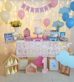 Produção lindaaaa demais  por @milfolhas_festas  Amei!!! Inspiração super super super fofa!! Festa Céu  . . . #decorefesta #blogdecorefesta #ideias #ideas #inspiration #inspiração #festa #festainfantil #festamenina #festamenino #kids #kidsparty #party #instagood #instamood #instadaily #decor #deco #decorating #decoraçãodefesta #aniversário #birthday #baby #bebê #maedemenina #maternidade