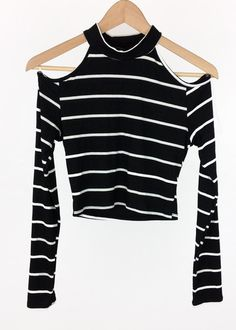 113076bf open-shoulder striped crop top Crop Top Outfits, Girly Outfits, White  Outfits,