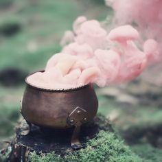 magic pink smoke...  casting a strong spell in the vapors....leaves one in A state of confusion.