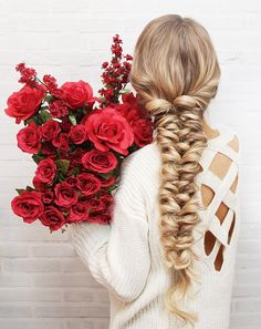 Your hair is your best accessory. I  am back with Valentine's Day inspired hair tutorial to help you always feel your best & look amazing. Read the steps below and then let me know in the comme…